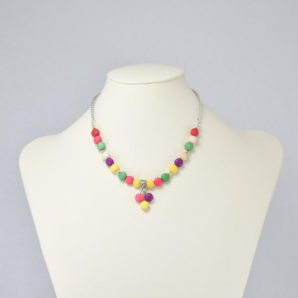 Collar de piedras multicolor