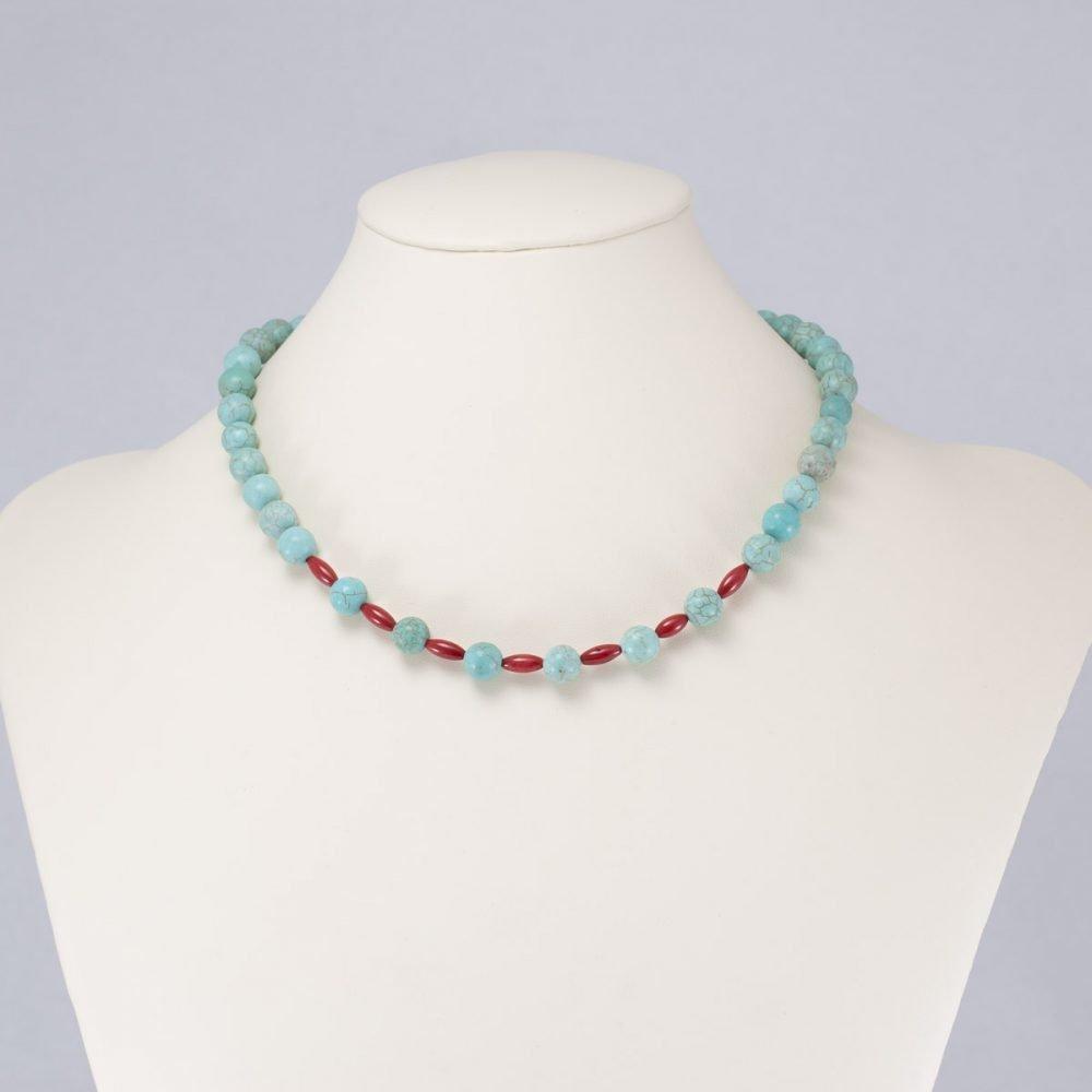 Collar de magnesita turquesa y coral rojo