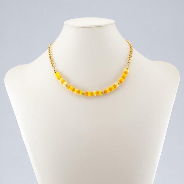 Collar de chips de vidrio amarillo y naranja