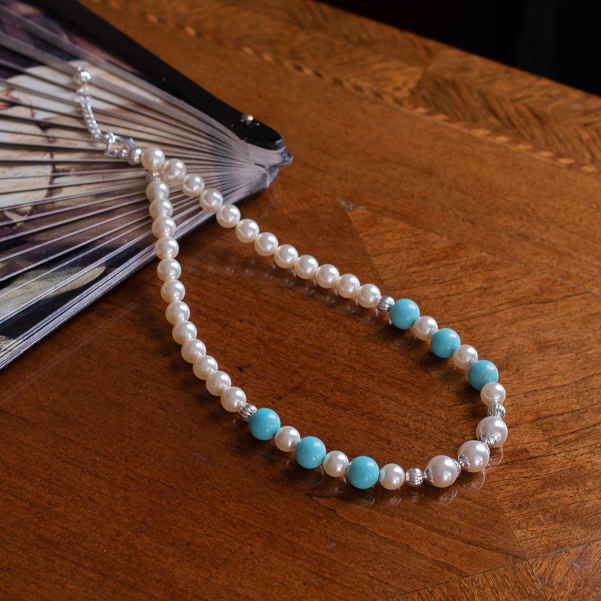 Collar de perlas y magnesita turquesa