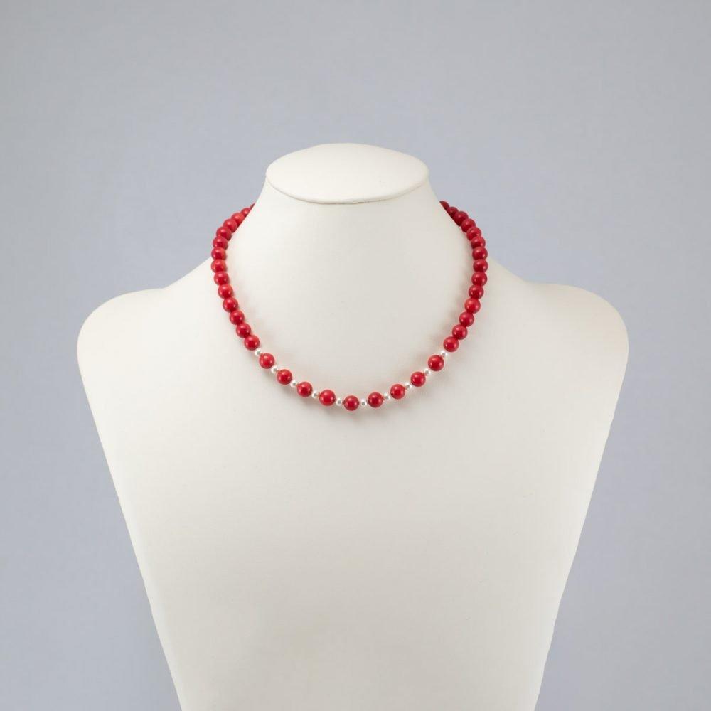Collar de jade rojo y perlas Swarovski